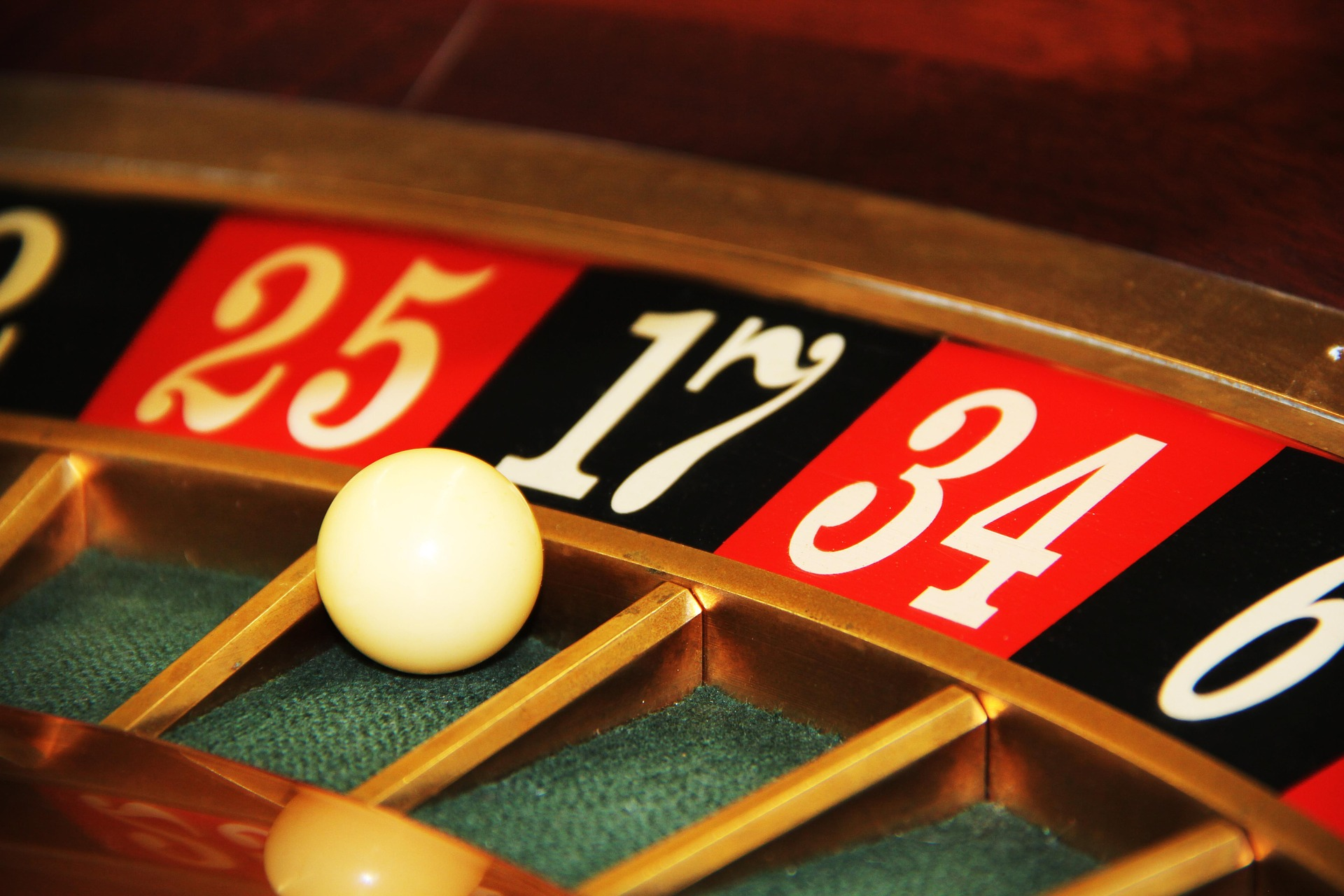 las vegas roulette strategy to win